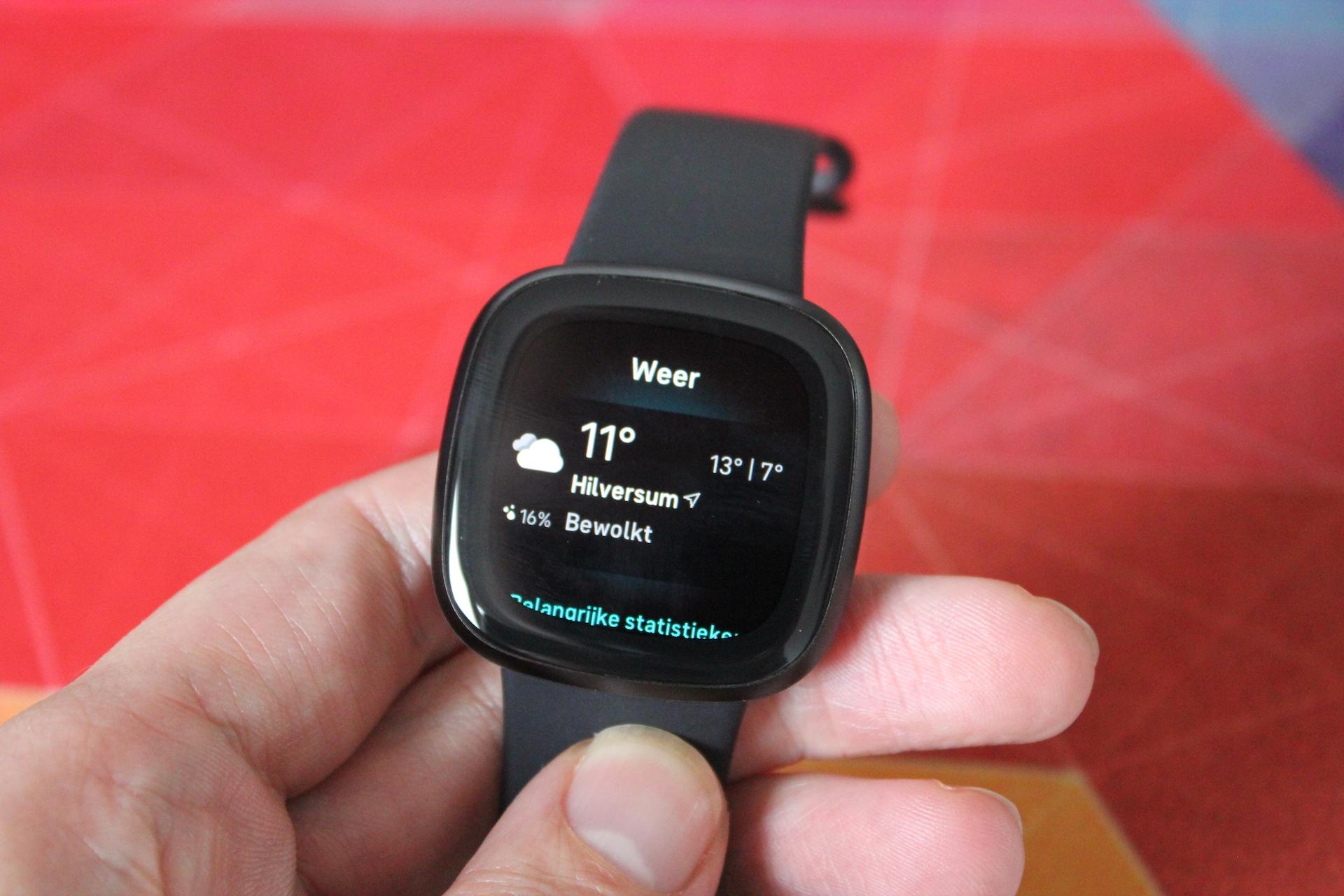 Fitbit-Versa-3-weather